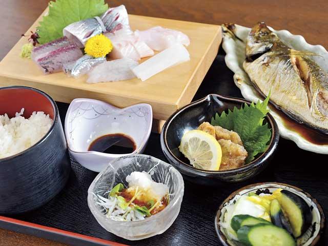 地魚料理 よしむら