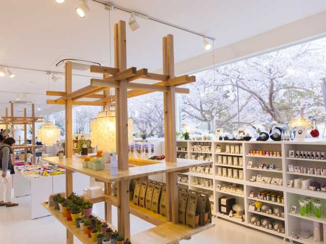 cafe&shop KiHaKo「嬉箱」