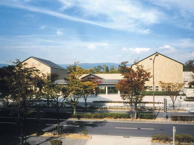 神戸市立小磯記念美術館