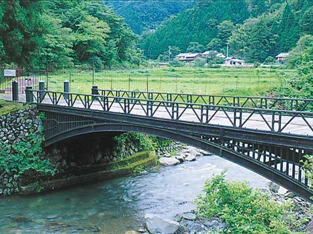 神子畑鋳鉄橋