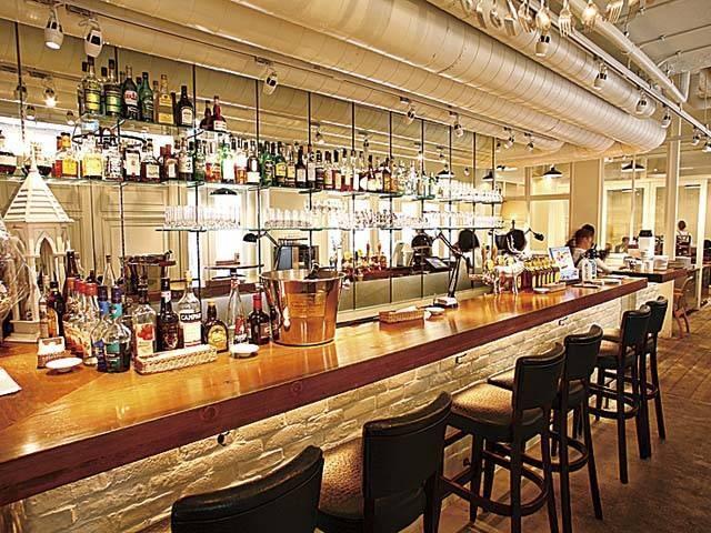 Bar & Bistro 64