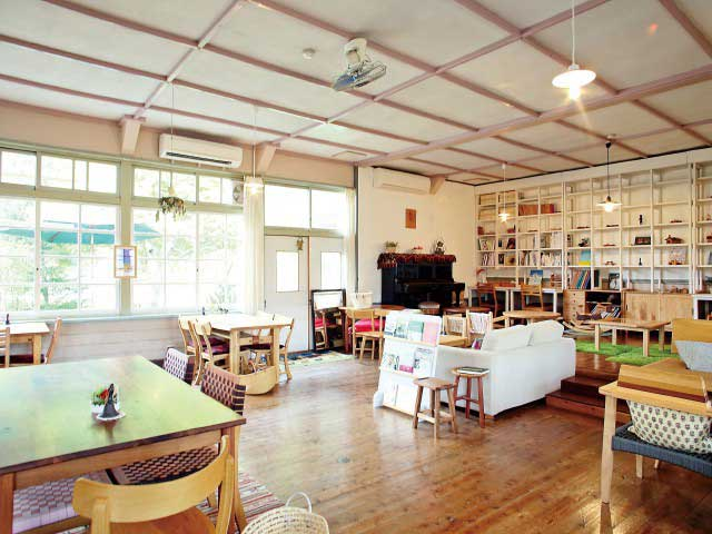 cafe・furniture・gallery monoile