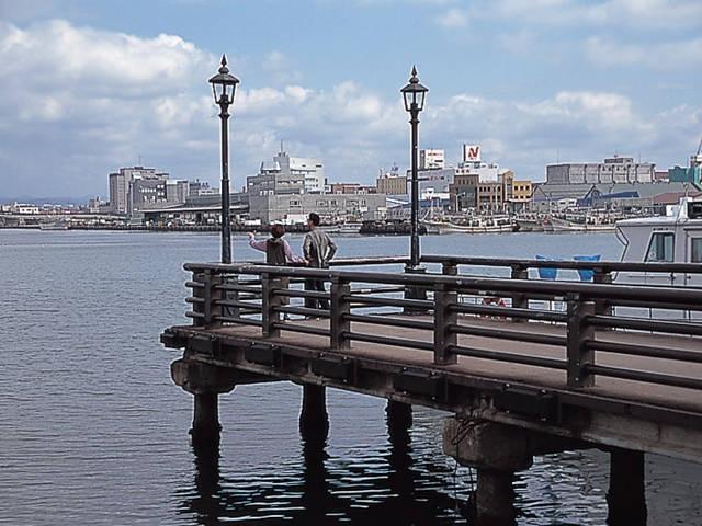 東浜桟橋(旧桟橋)