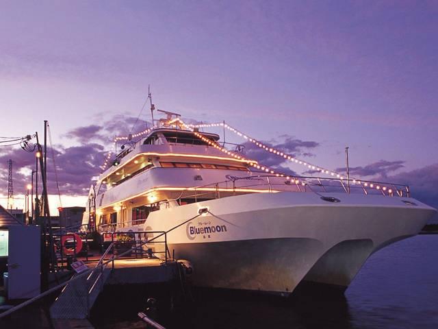 観光遊覧船ブルームーン
