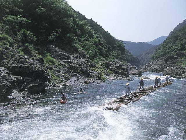 北山川観光筏下り
