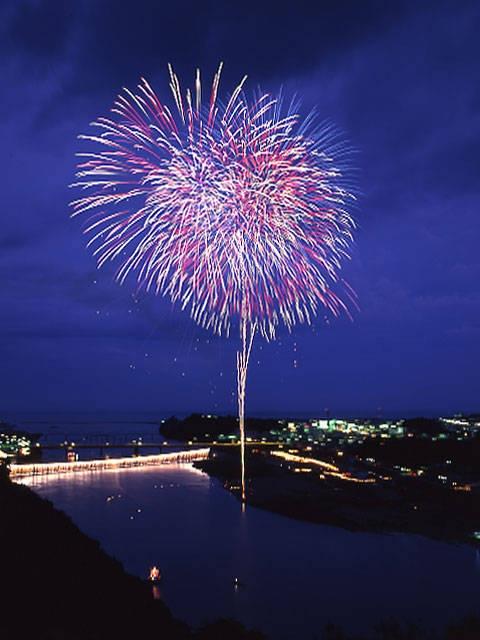 熊野徐福万燈祭(新宮花火大会)
