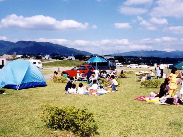 神野々緑地キャンプ場