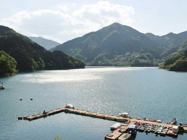 神流湖(埼玉県)