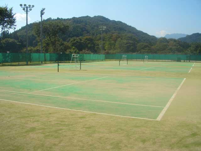 小鹿野町総合運動公園 テニスコート