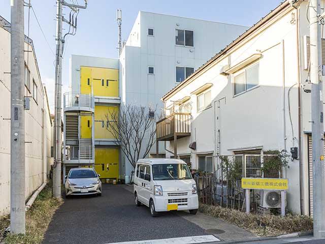 東京鋲螺工機