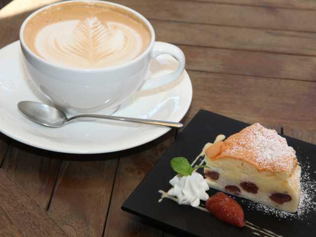 HATSUNEYA GARDEN THE CAFE