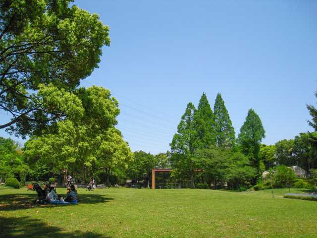 服部緑地都市緑化植物園
