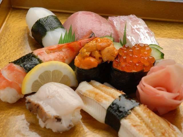 寿司・鍋・一品料理 鶴橋駅前 うをさ