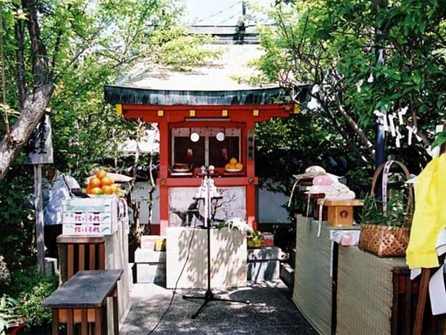 林神社饅頭祭