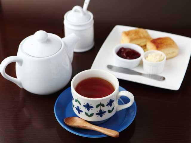 紅茶とお酒の店 teato