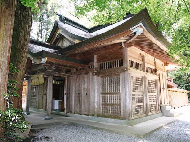くし触神社
