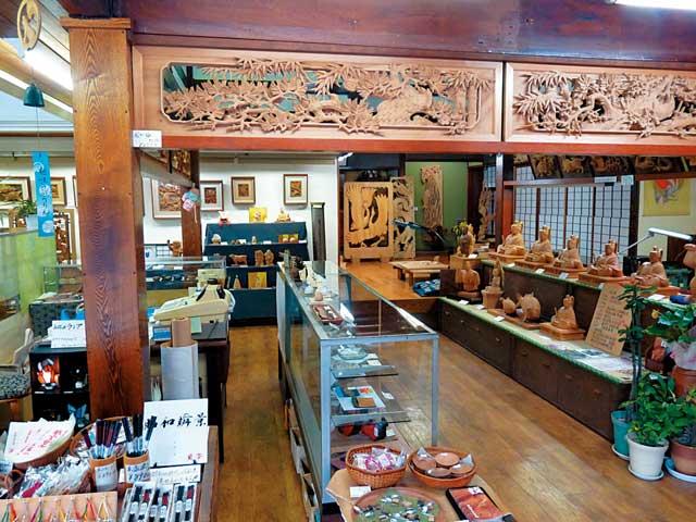 井波木彫工芸館