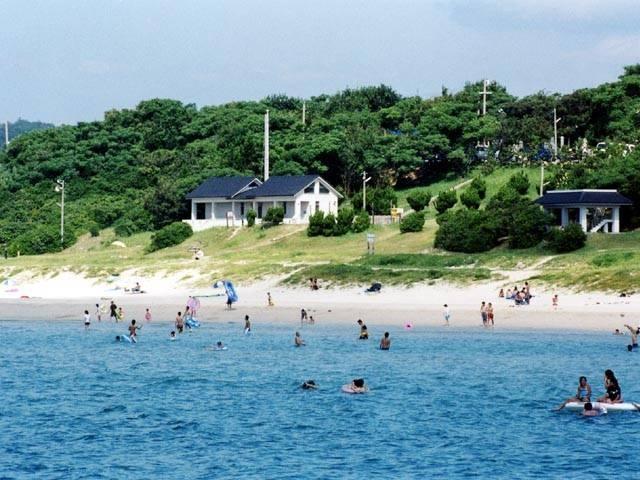 土井ヶ浜キャンプ場・海水浴場