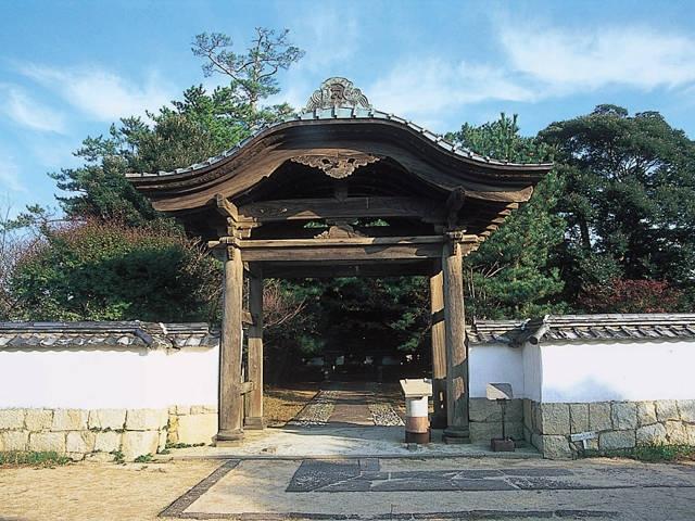 萩藩主毛利家墓所(天樹院)