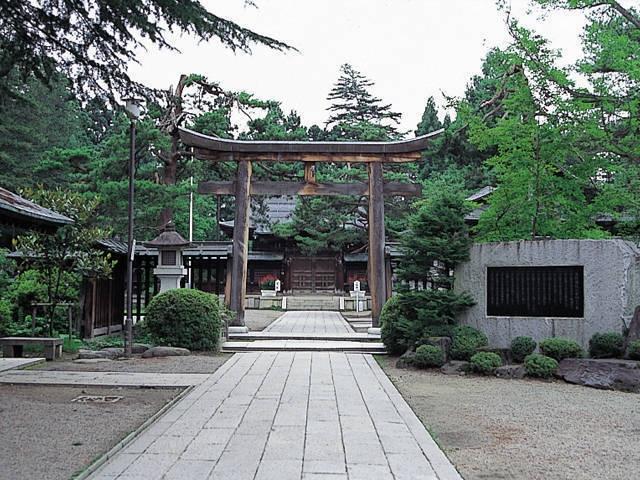 上杉神社宝物殿 稽照殿