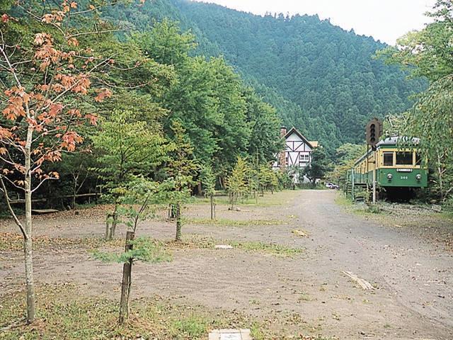 ターキーズハウス 江ノ電に泊まれるキャンプ場