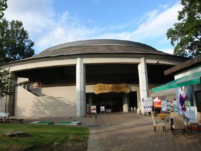 河口湖猿まわし劇場