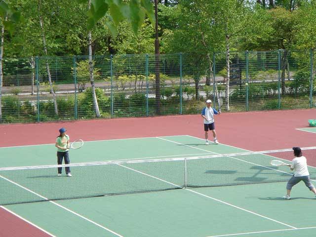 清里の森・テニスコート