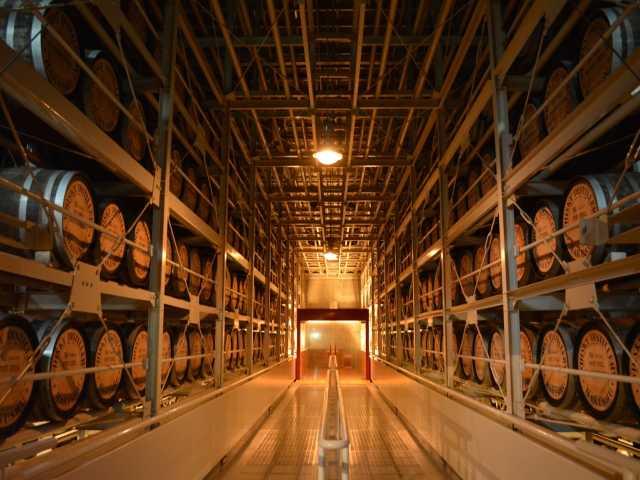 サントリー白州蒸溜所・サントリー天然水南アルプス白州工場(見学)