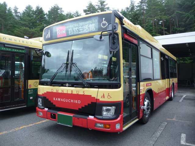 河口湖周遊バス オムニバス・レトロバス