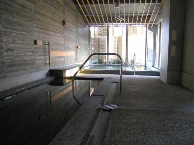 たけべ八幡温泉(日帰り入浴)