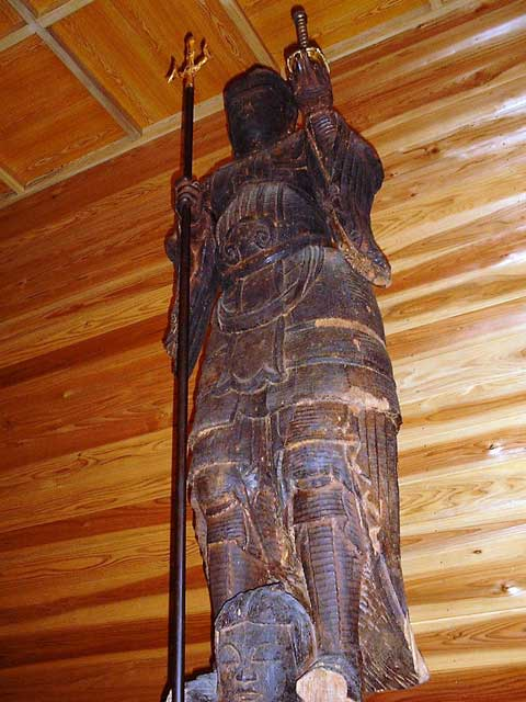木造兜跋毘沙門天立像