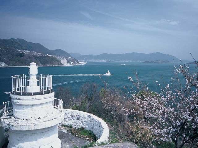 高根島灯台