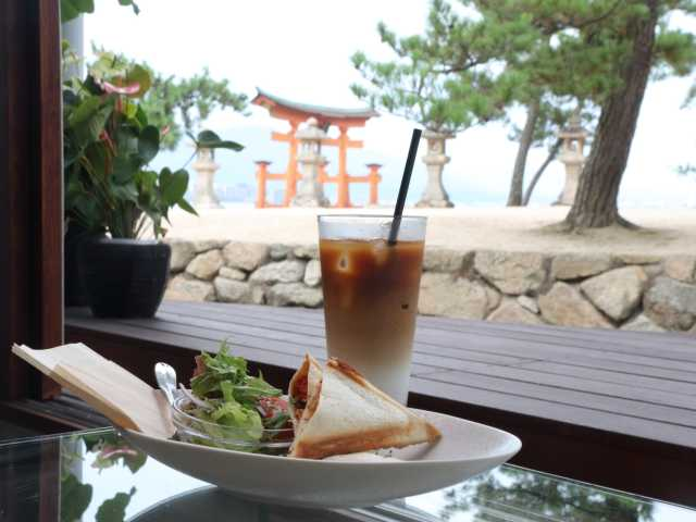 Cafe lente