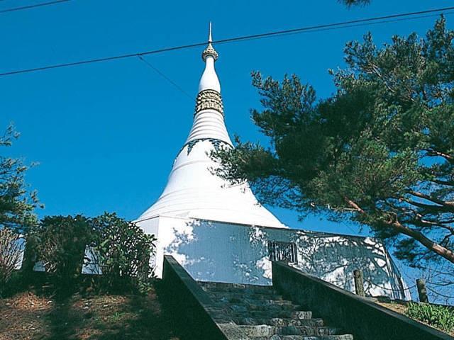 パゴダ平和記念塔