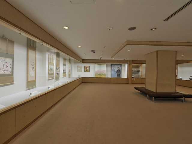 敦井美術館