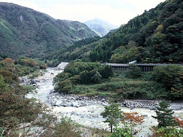 小滝川ヒスイ峡