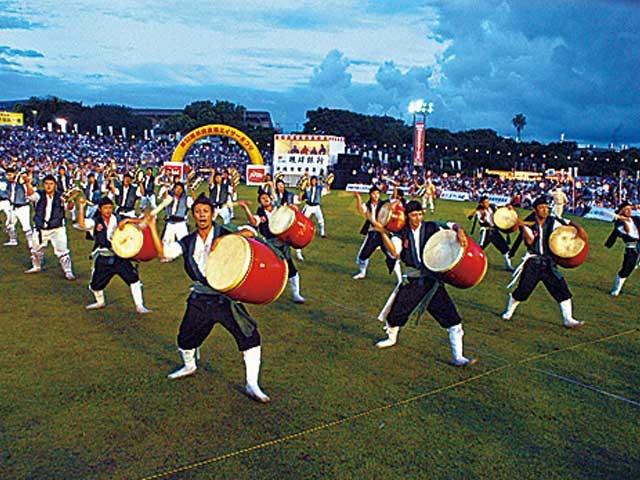 沖縄全島エイサーまつり