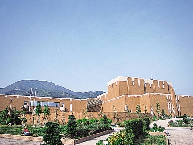米原市伊吹薬草の里文化センター(ジョイいぶき)