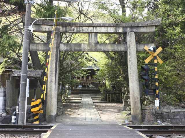 関蝉丸神社(下社)