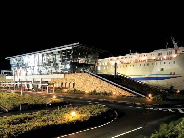 新日本海フェリー敦賀ターミナル