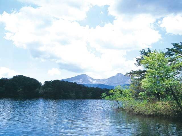 檜原湖畔探勝路