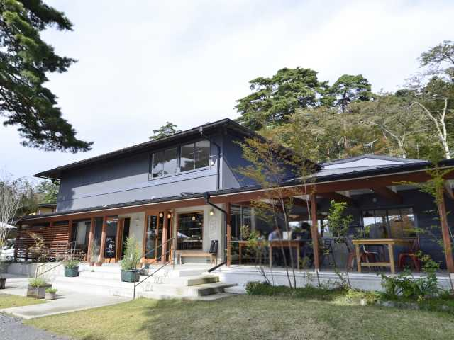 SHOZO SHIRAKAWA 水辺のコーヒー