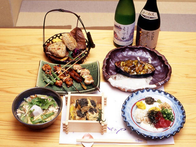 日本料理里乃や横山店