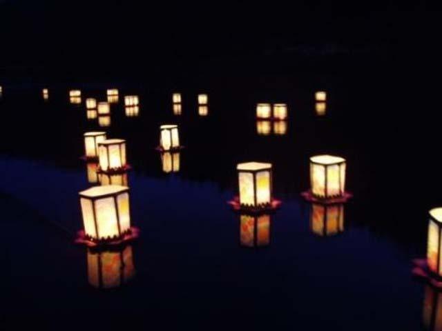 阿仁の花火と灯篭流し