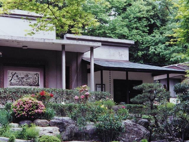 洞窟観音 山徳記念館 徳明園