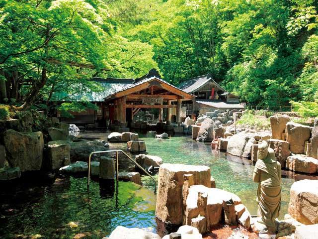 宝川温泉 宝川山荘