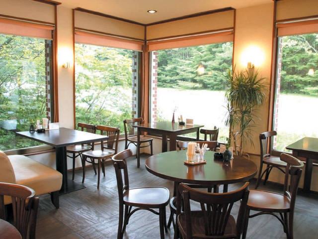 カフェレストラン ママーズガーデン