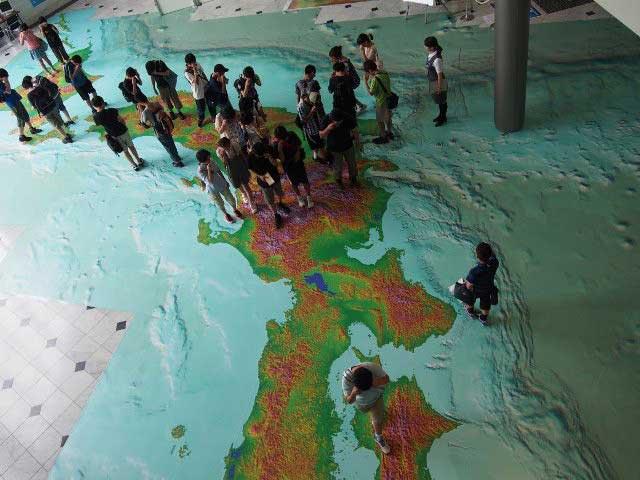 国土地理院「地図と測量の科学館」