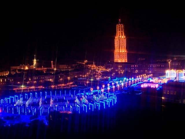 光の街・光の王国