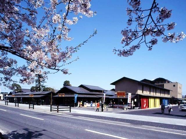 津軽藩ねぷた村